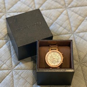 Rose gold pearl face Michael Kors watch